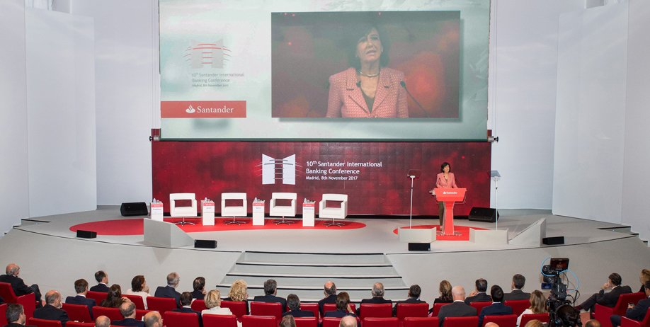 Santander banking conference with blockchain voting