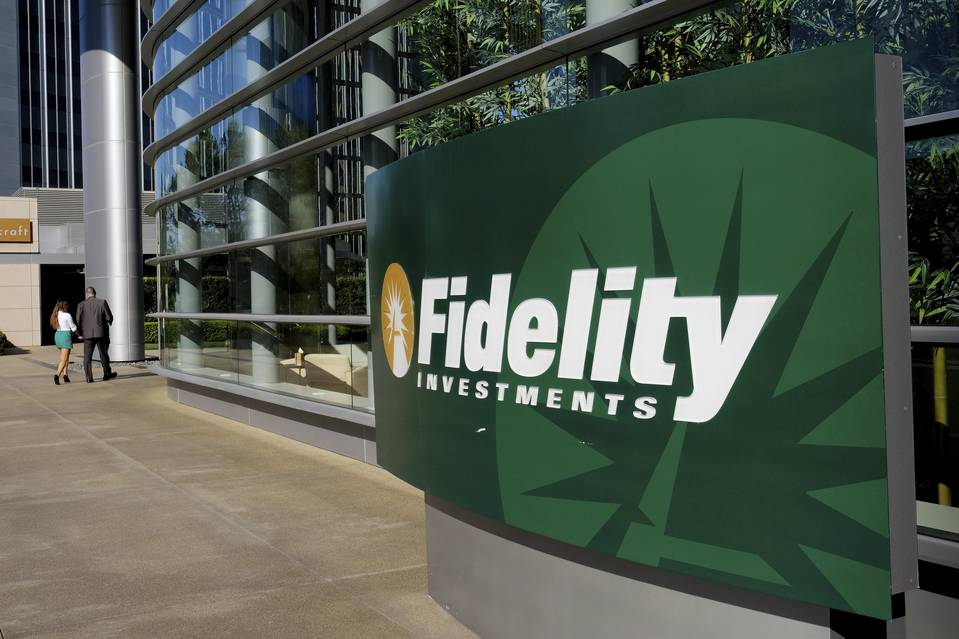 Whale Spotted! Fidelity Flexes its $ 2+ Trillion Muscle in Possible Crypto Exchange Move
