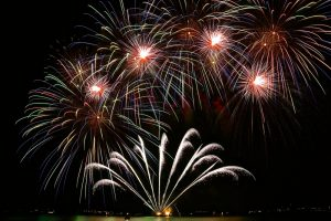 Bitcoin in Brief Wednesday: Zug Tests Blockchain to Decide on Fireworks and Digital IDs