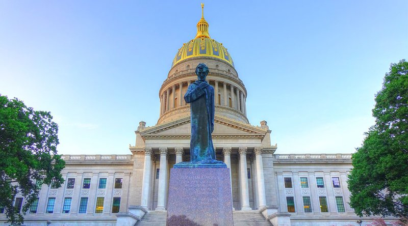 West Virginia to Offer Blockchain Voting Options for Midterms