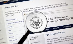 SEC Orders Proceedings to Rule on ETF, Seeks Further Feedback