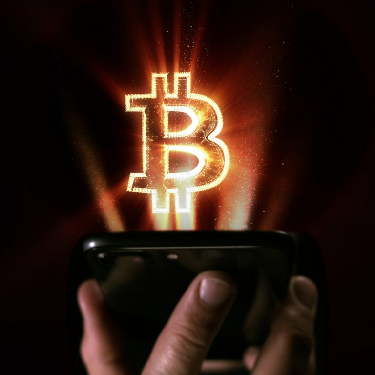 The Daily: Wallet Hacking Debate Heats Up, Bitcoin-Based Patreon Alternative Emerges